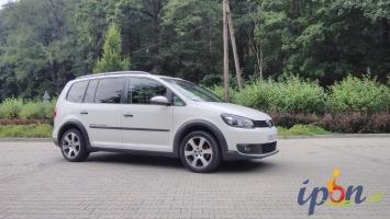 Volkswagen Touran Cross 1.6 2012r DSG